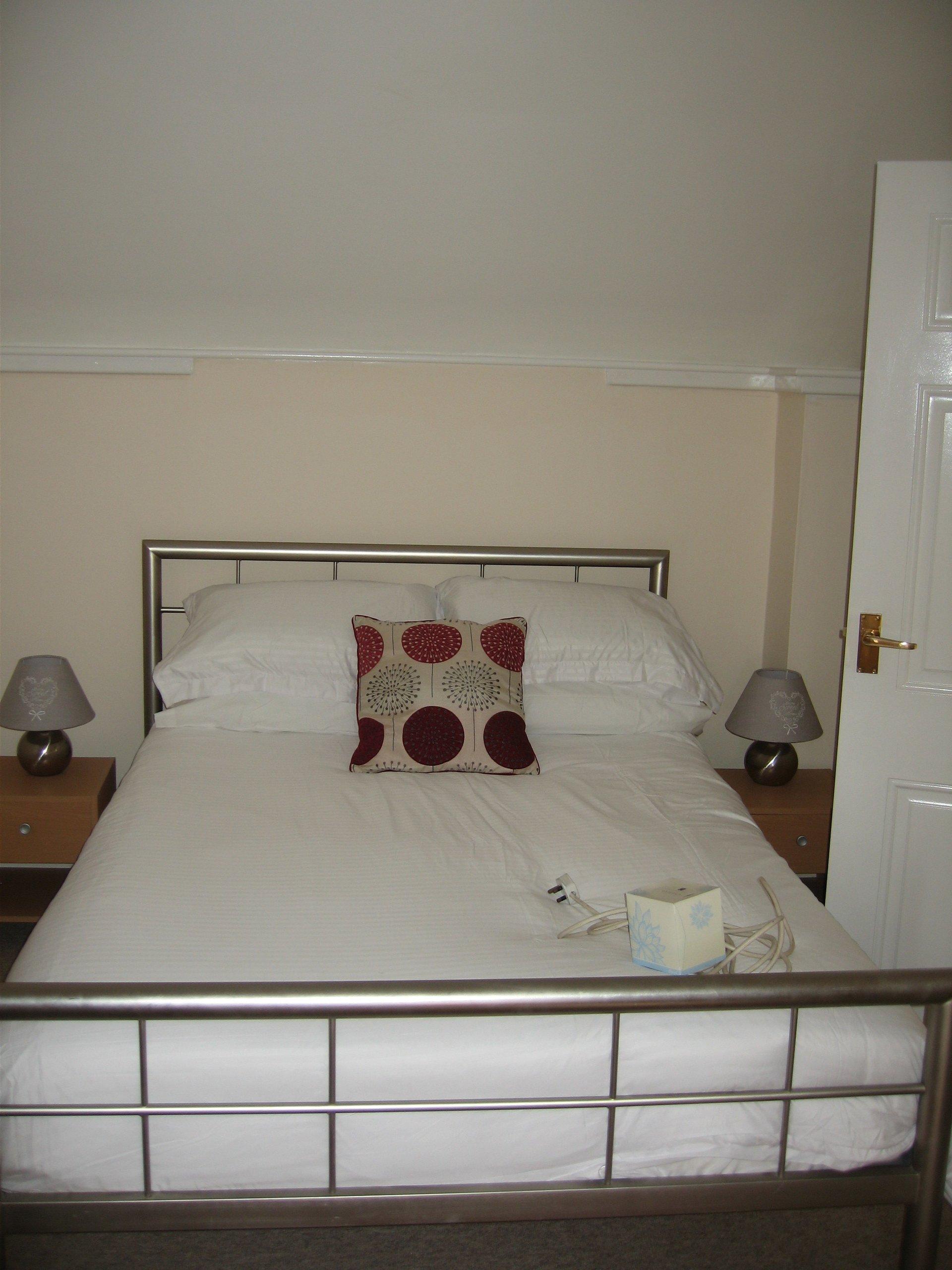 Double Room1 04042017-2304x3072