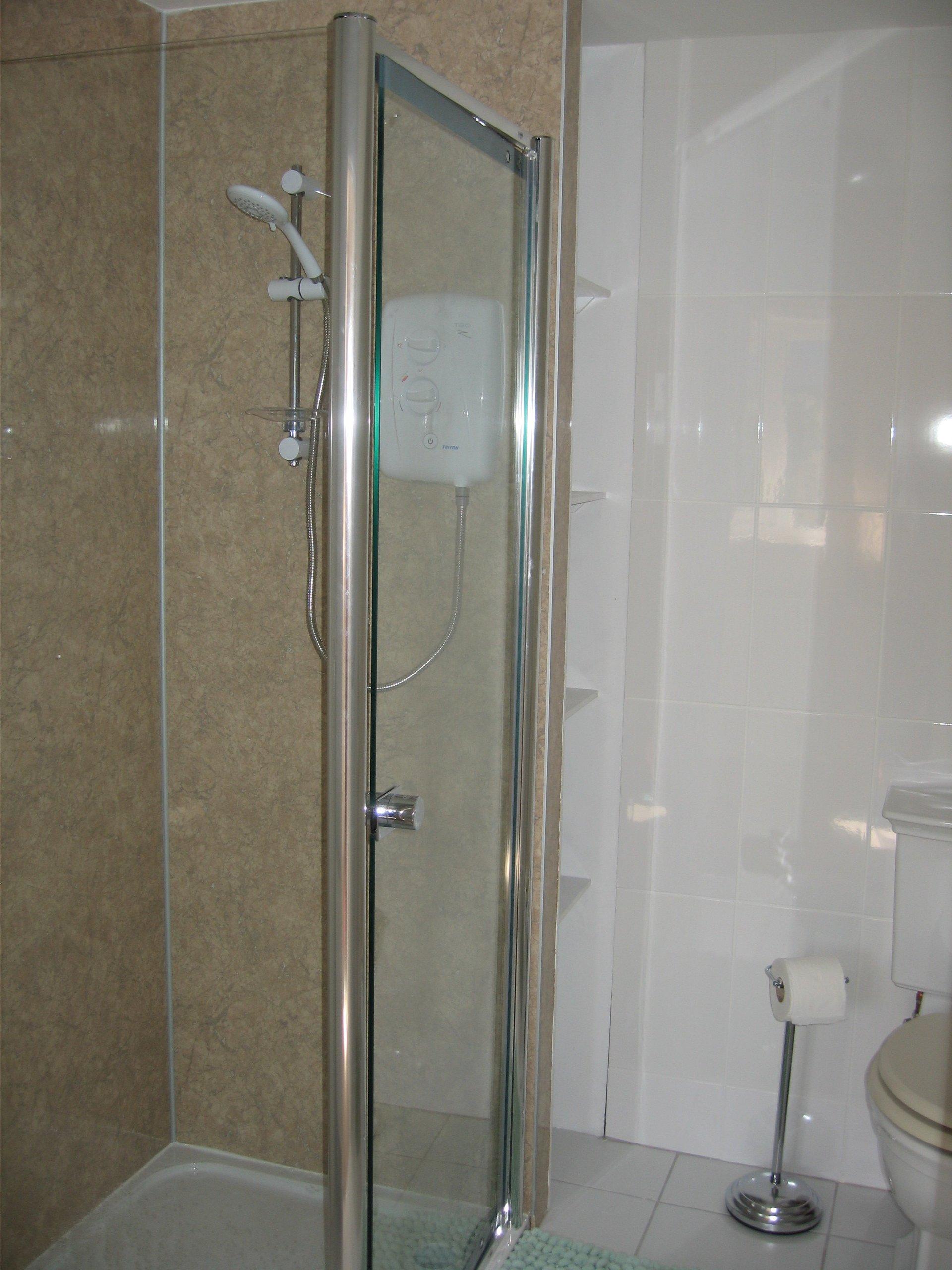 Downstairs Bathroom 04042017-2304x3072